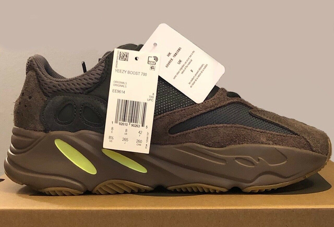 the latest e4c97 0588d YEEZY ADIDAS BOOST MAUVE NEW BNIB CONFIRMED US 8.5 SIZE MENS ...