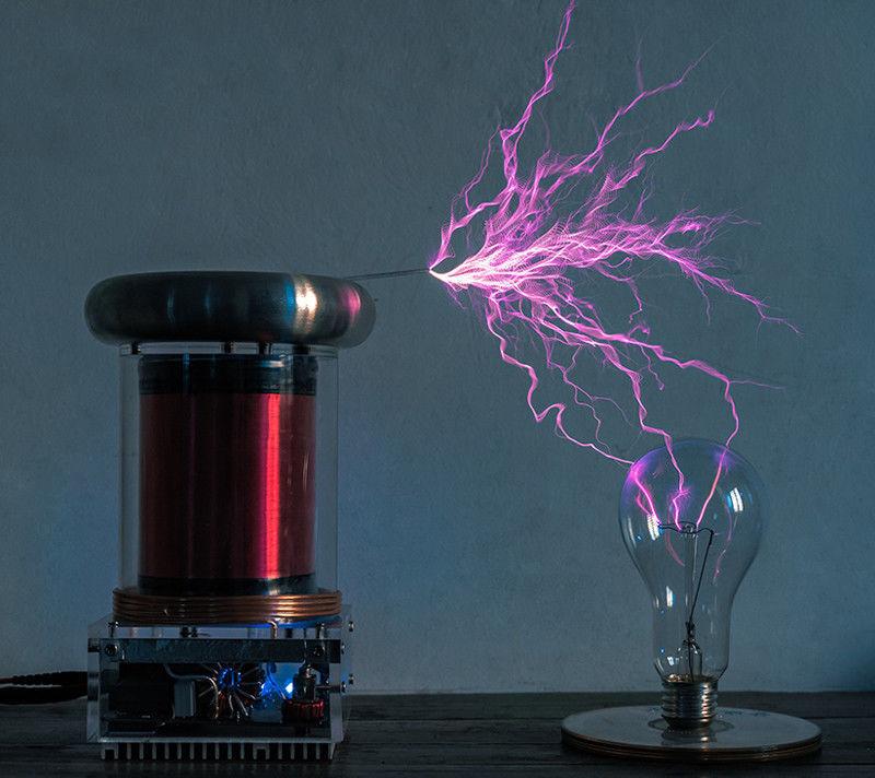 New 220V 200W Solid State Tesla Coil musik Tesla Coil ljusning Storm 0.2M