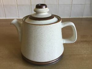 Denby Potters Wheel  Large 2 34 pint 18cm Tea Pot - Camberley, Surrey, United Kingdom - Denby Potters Wheel  Large 2 34 pint 18cm Tea Pot - Camberley, Surrey, United Kingdom
