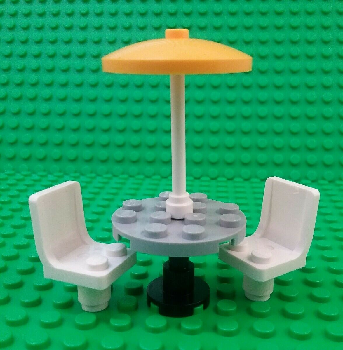 *NEW* Lego Café Table Chairs Umbrella Stand Outdoor Setting Figures Figs x 1