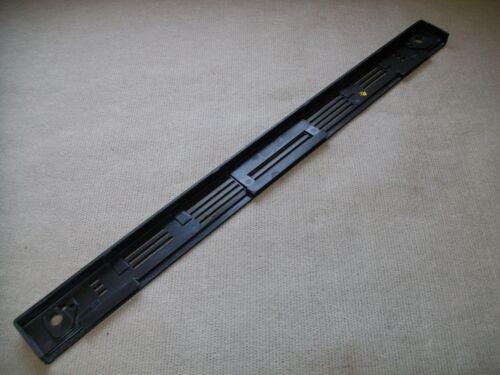 W10016380 WHIRLPOOL RANGE OVEN DOOR HANDLE VENT TRIM