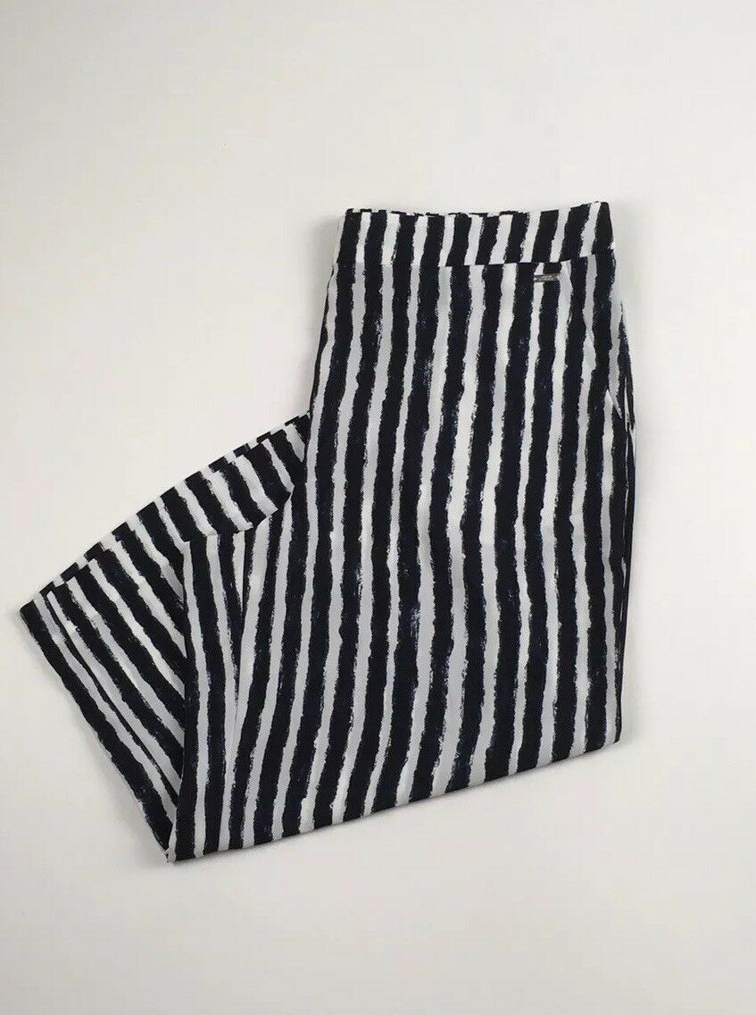 Armani Exchange Womans Capris Size 12 Trouser Shorts Striped White bluee