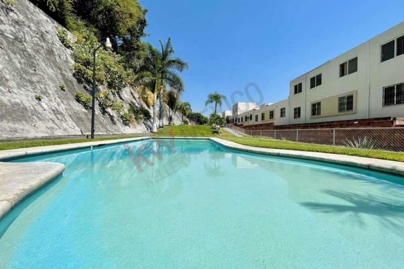 Casa en venta en Condominio en Paseos de Xochitepec, el Encanto 1