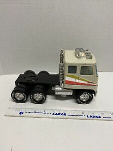 Vintage-Nylint-GMC-Astro-95-18-Wheeler-Semi-Tractor-Cab-Only-Pressed-Steel