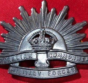 AUSTRALIAN-ANZAC-WW1-amp-WW2-RISING-SUN-UNIFORM-HAT-OR-CAP-BADGE-MEDAL-1
