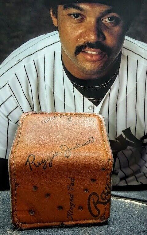 Rawlings Reggie Jackson Baseball Glove Leather Wallet (HOFer)