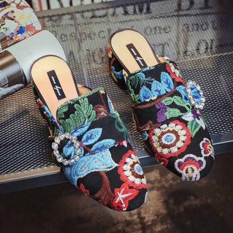 Floral Embroidery Loafer Chunky Ladies Slipper Loafer Block Heel shoes Hot Sale