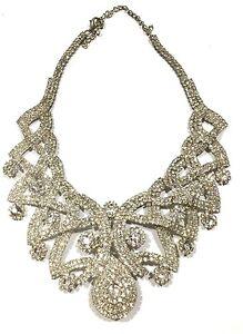 Glittering-Rhinestone-Formal-Wear-Necklace