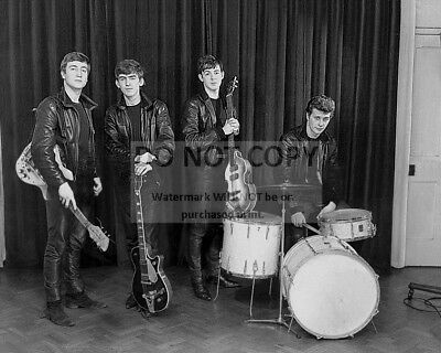 THE BEATLES IN STUDIO WITH PRODUCER GEORGE MARTIN ZZ-027 8X10 PHOTO