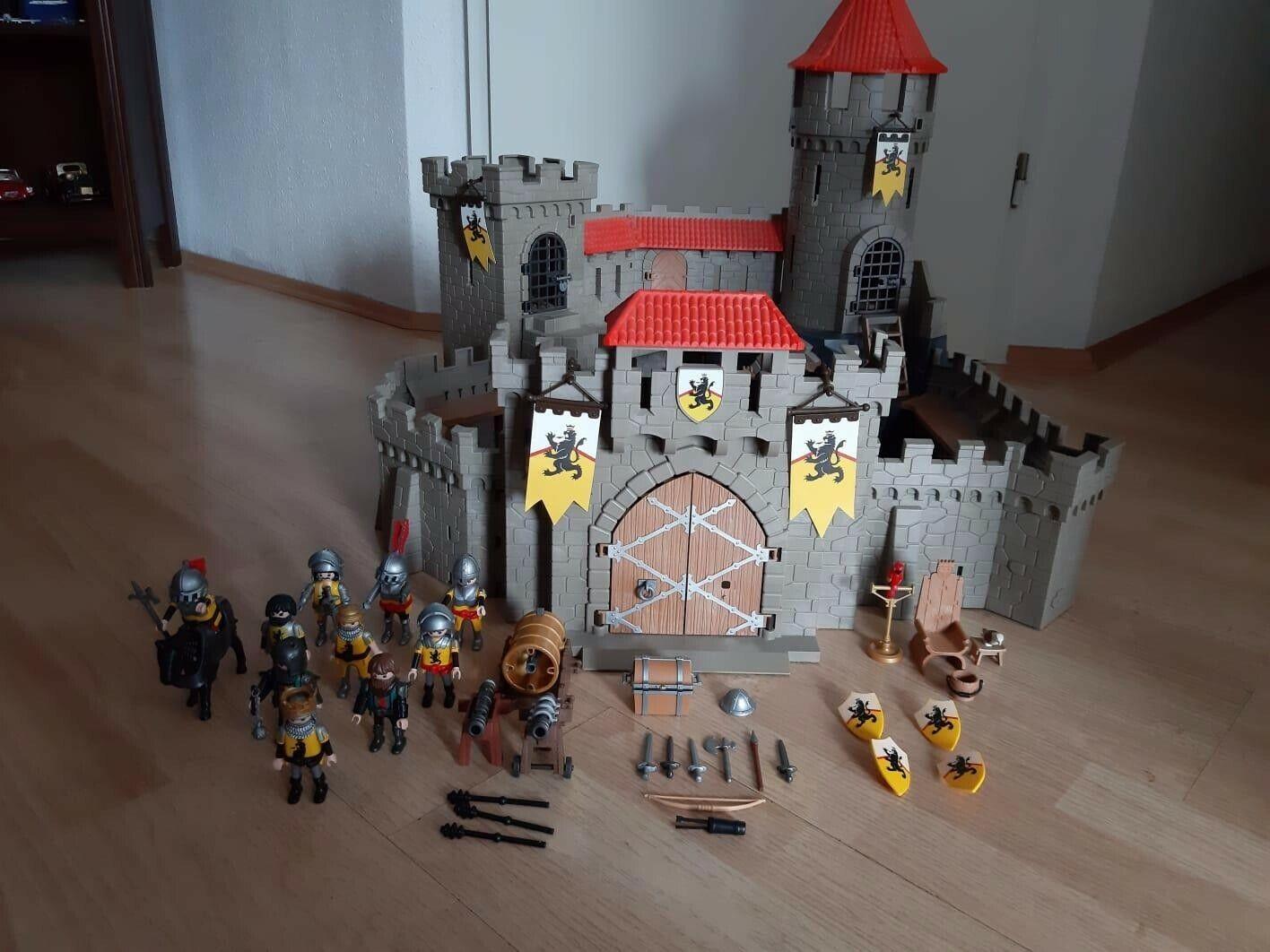 Playmobile Castlemit Zubehör  | Ideales Geschenk für alle Gelegenheiten