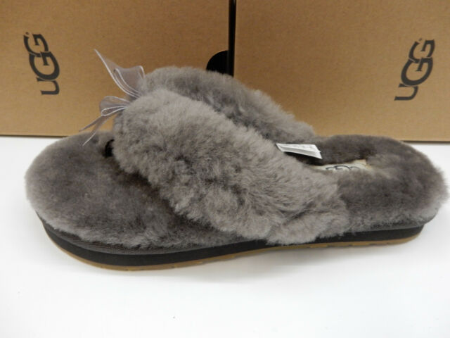 cd0998727cd UGG Womens Fluff Flip Flop III Grey 7