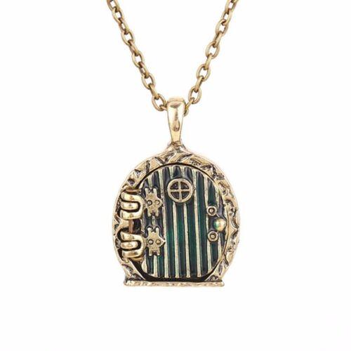 Door locket necklace Frodo Bilbo Baggins vintage retro antique gold film pendant