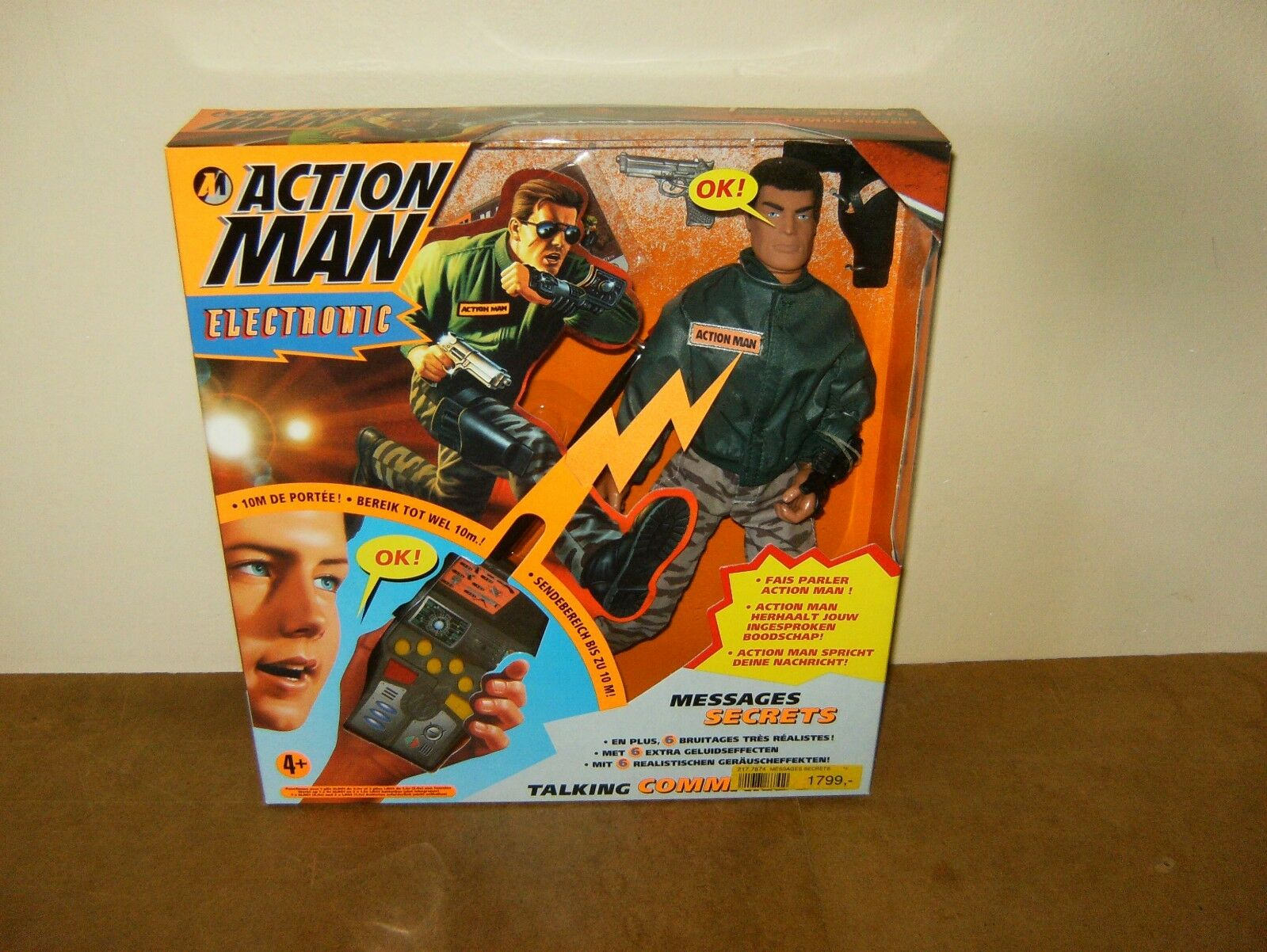 Modern ACTION MAN mam HASBRO - MESSAGES SECRETS   TALKING street COMMANDER -MISB