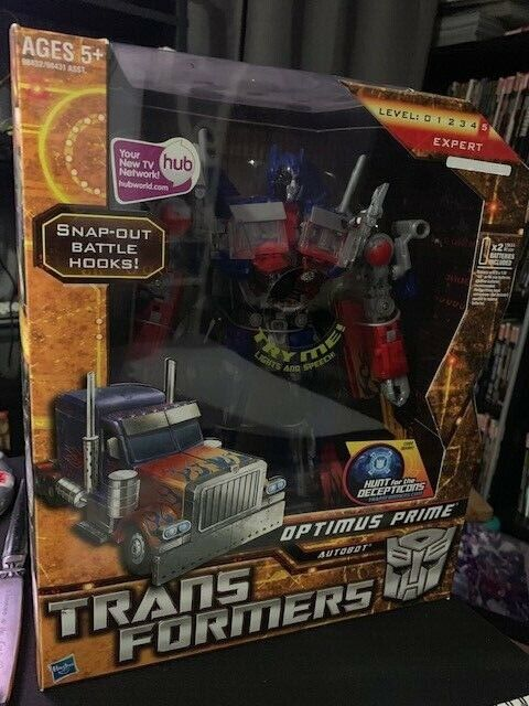 TRANSFORMERS HFTD HUNT FOR THE DECEPTICONS LEADER CLASS OPTIMUS PRIME MISB