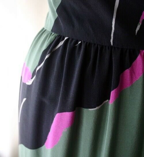 Vintage MICHAELE VOLLBRACHT High Waist Silk Skirt… - image 2