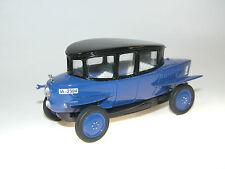 Rumpler Tropfenwagen Limousine, Handarbeitsmodell Resine 1/43, Metropolis