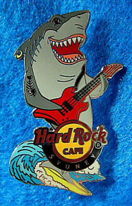 Sydney-Grand-Requin-Blanc-Surfant-amp-Playing-un-Rouge-Guitare-Hard-Rock-Cafe-Pin