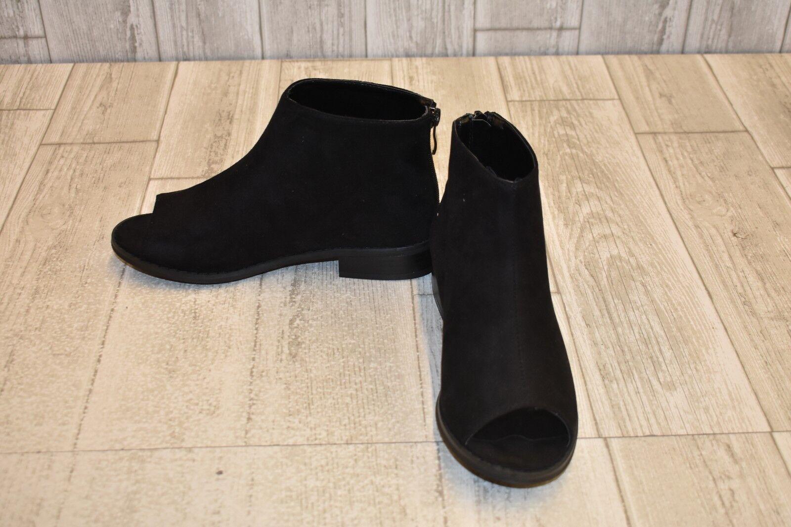 Journee Collection Reya Peep Toe Booties, Women's Size 6, Black