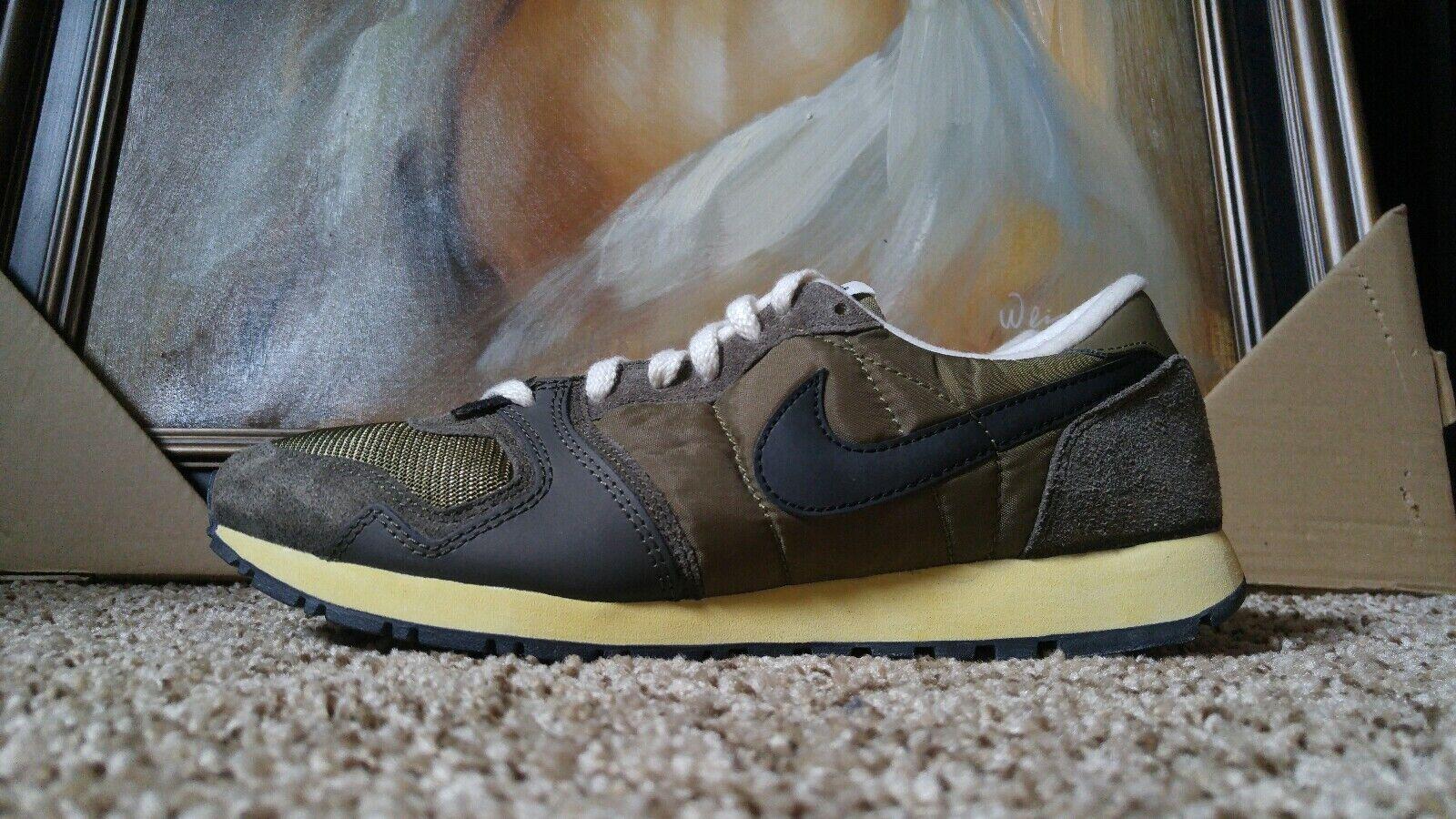 Nike Air Vengeance (VNTG) 2011 Vintage Size 11 Iguana Black Sail 429626 202