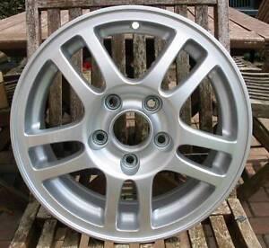 Honda-15-034-5-Twin-Spoke-Alloy-Wheel-May-Fit-Civic-Accord-Jazz-etc-Brand-New