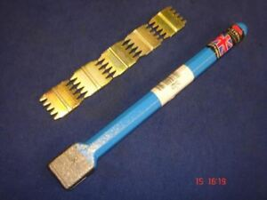 "Footprint Tools Scutch Chisel 25mm 1"" Wide & 5 Combs Sheffield UK Blue"