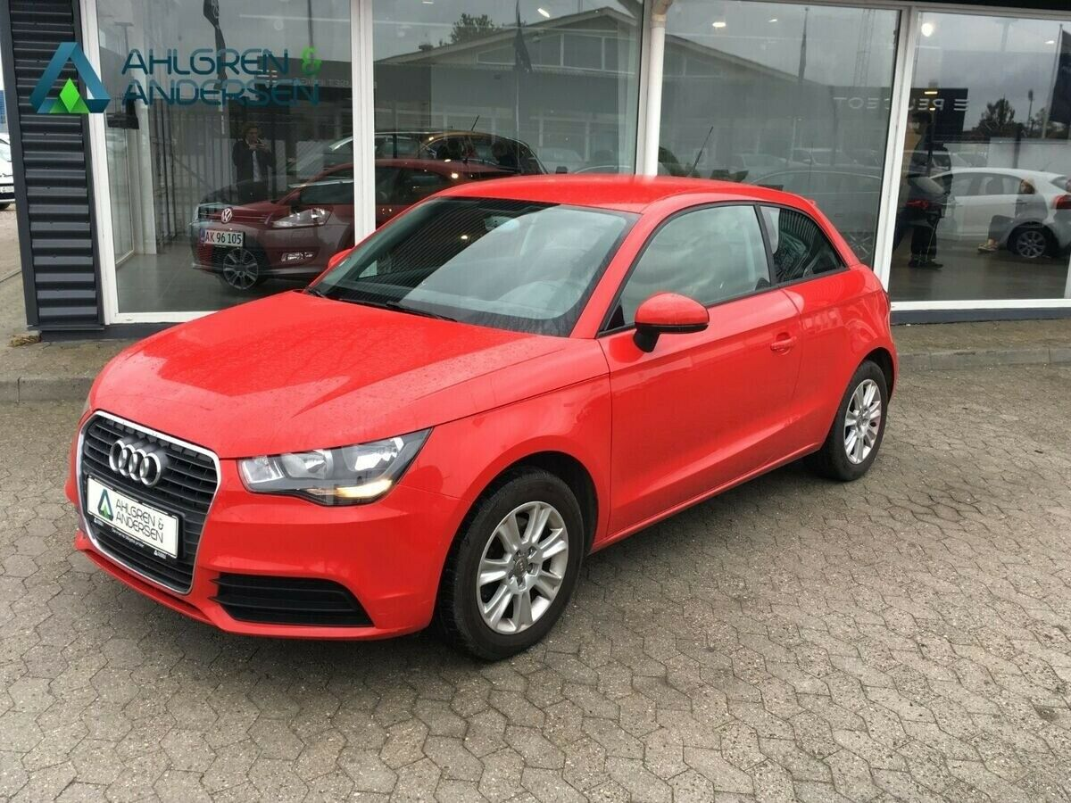 Audi A1 1,4 TFSi 122 Attraction 3d
