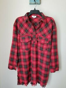Umgee-Women-039-s-Size-Small-Red-Plaid-Long-Sleeve-Frayed-Hem-Tunic-Top