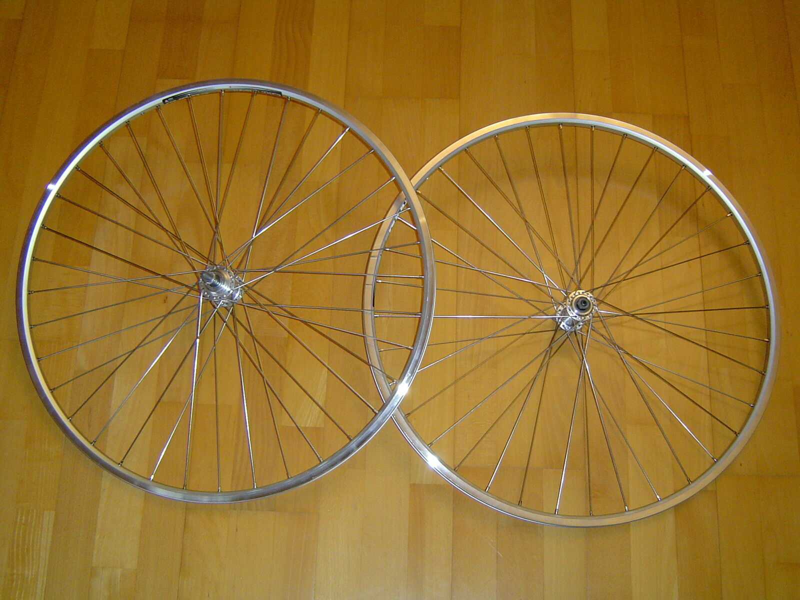 28  ruedas bicicleta de carreras schraubkranz buje 6-7 veces plata nuevo