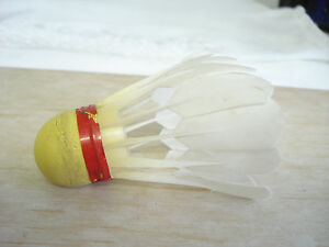 Vintage Badminton Shuttlecock Birdie Plastic Feathers Red Band Marked Japan