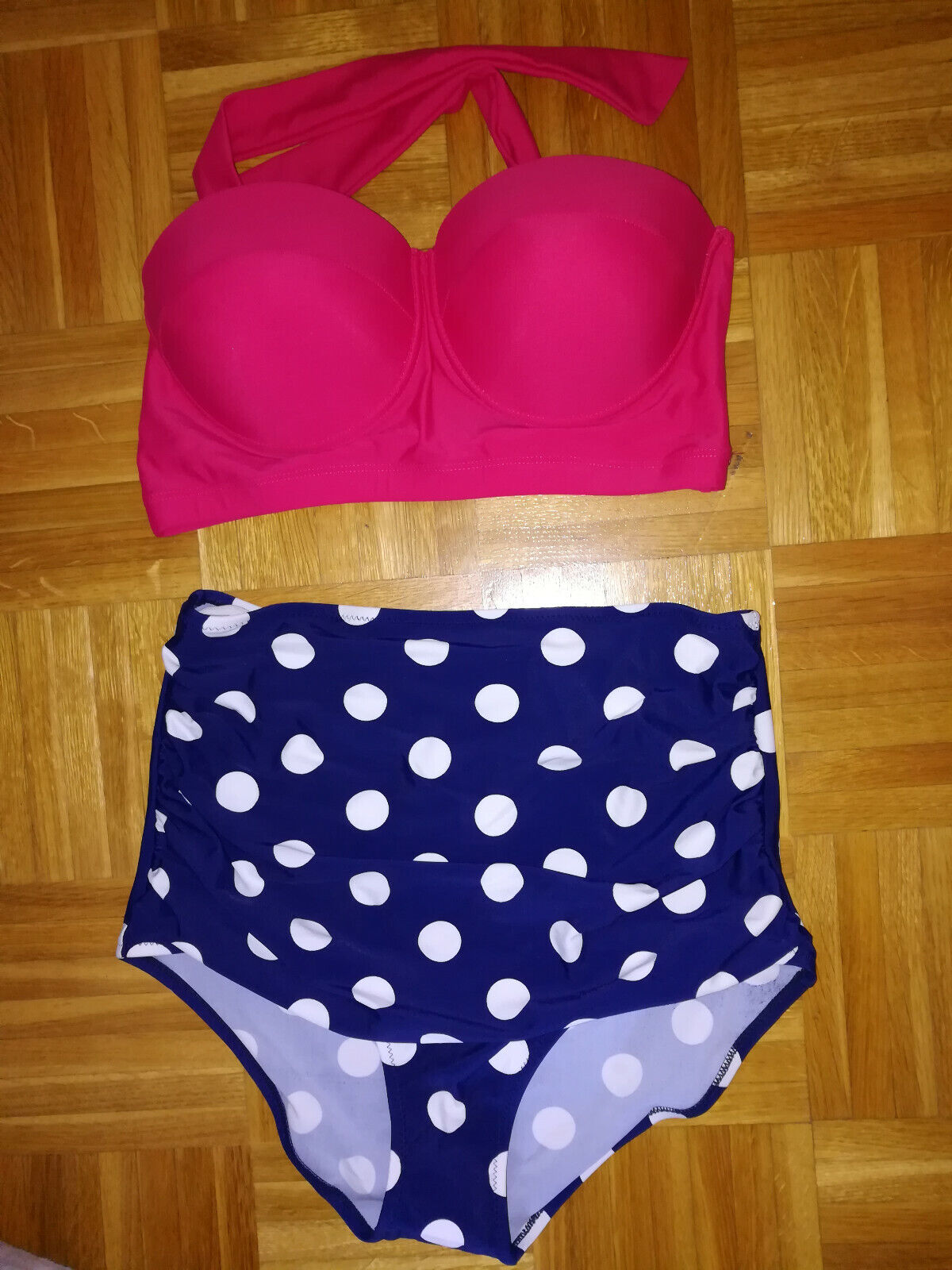 Swimsuit two Dividers Size L Pink Blue White Size 80B NEW