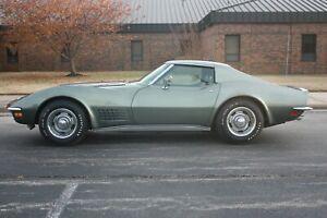 1971-Chevrolet-Corvette-LT-1
