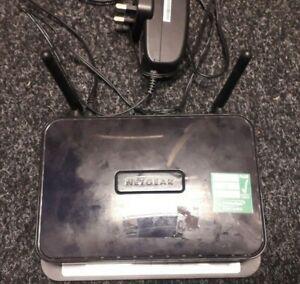 Netgear-DGN2200-300-Mbps-10-100-Routeur-sans-fil-N-DGN2200-100UKS