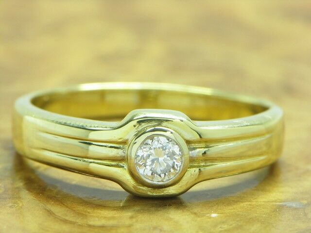 18kt 750 yellowgold Ring mit 0,20ct Brillant Besatz   Diamant   4,6g   RG 54