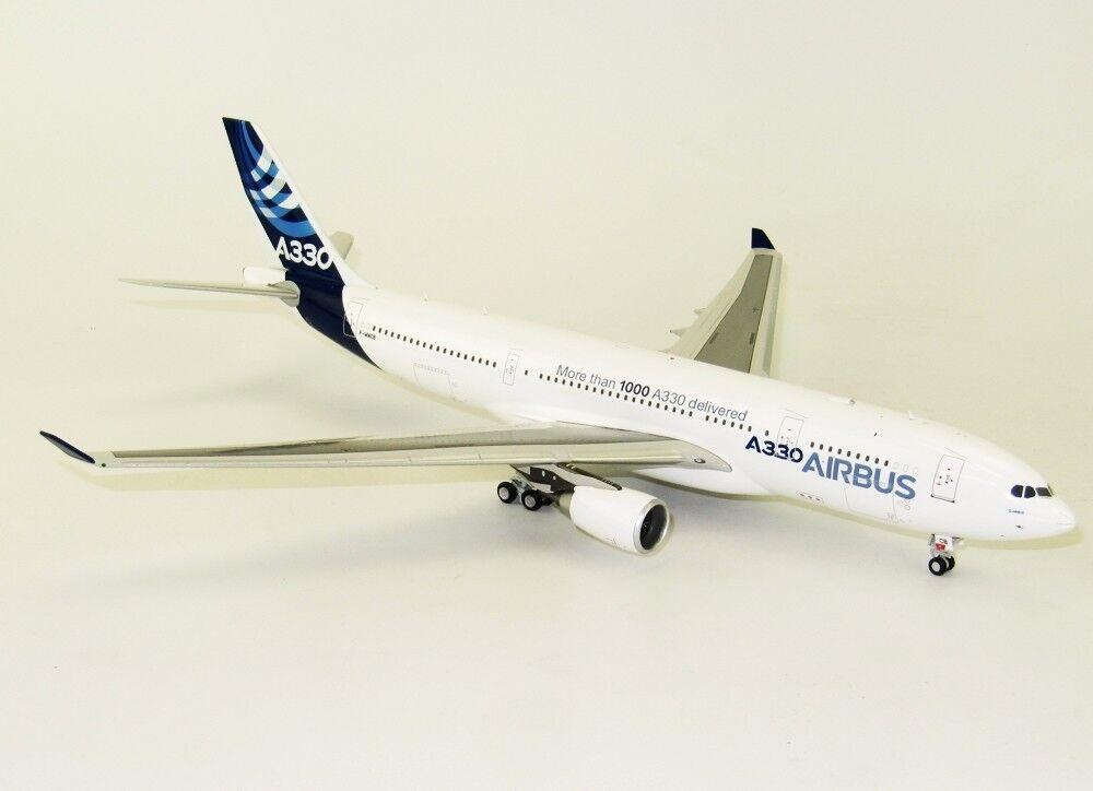 Inflight 200 IF3320716 1 200 Airbus A330-200 F-wwcb plus de 1000 maison couleur