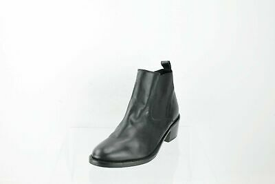 Topshop Black Leather Pull On Ankle