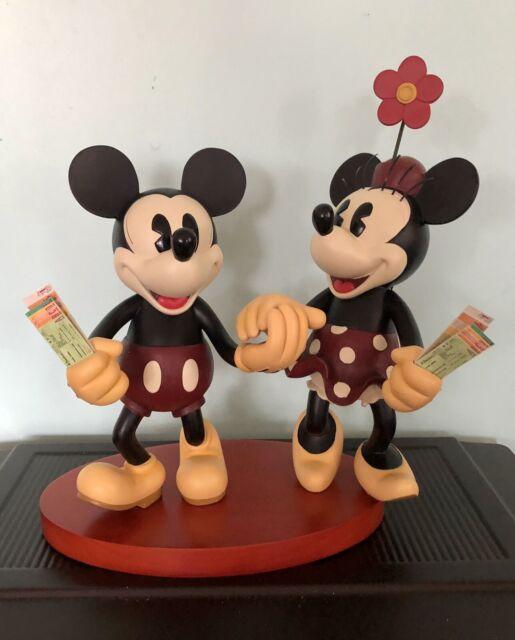 Disney Parks Medium Big Fig Figurine Pie Eyed Minnie and Mickey Mouse NEW