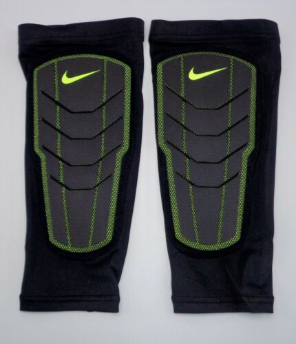 Nike Pro Combat Padded Elbow Sleeves Black//Volt Men/'s Women/'s One Size