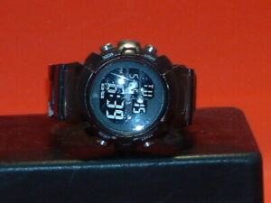 Pre-Owned-Men-s-Black-American-Eagle-Outfitters-Digital-Sports-Watch