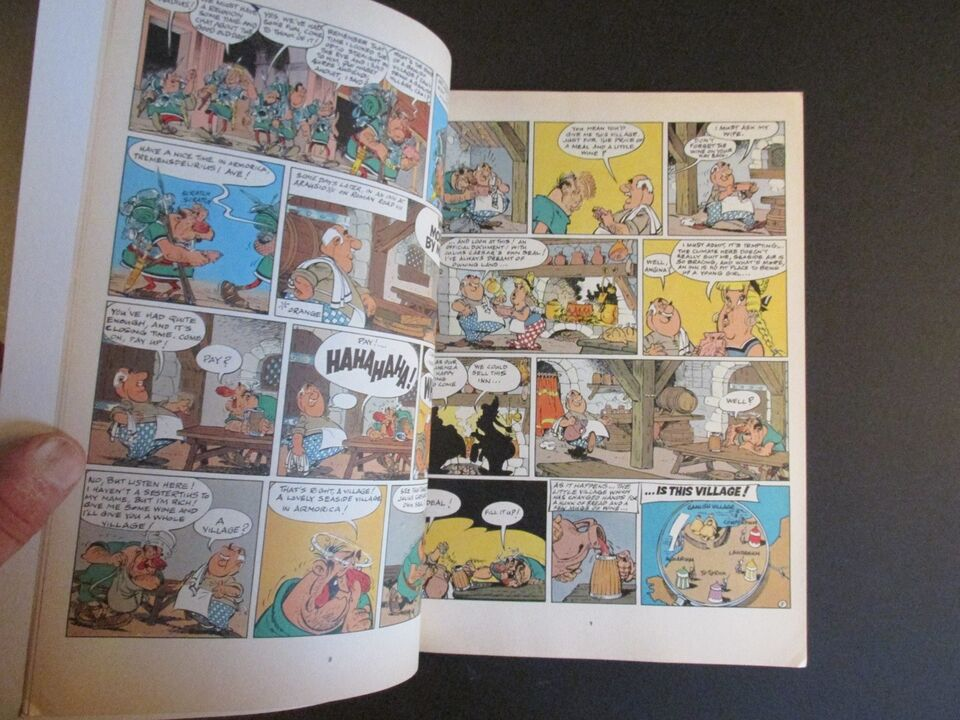 Tegneserier, Asterix 19 : Asterix and Caesar's Gift.