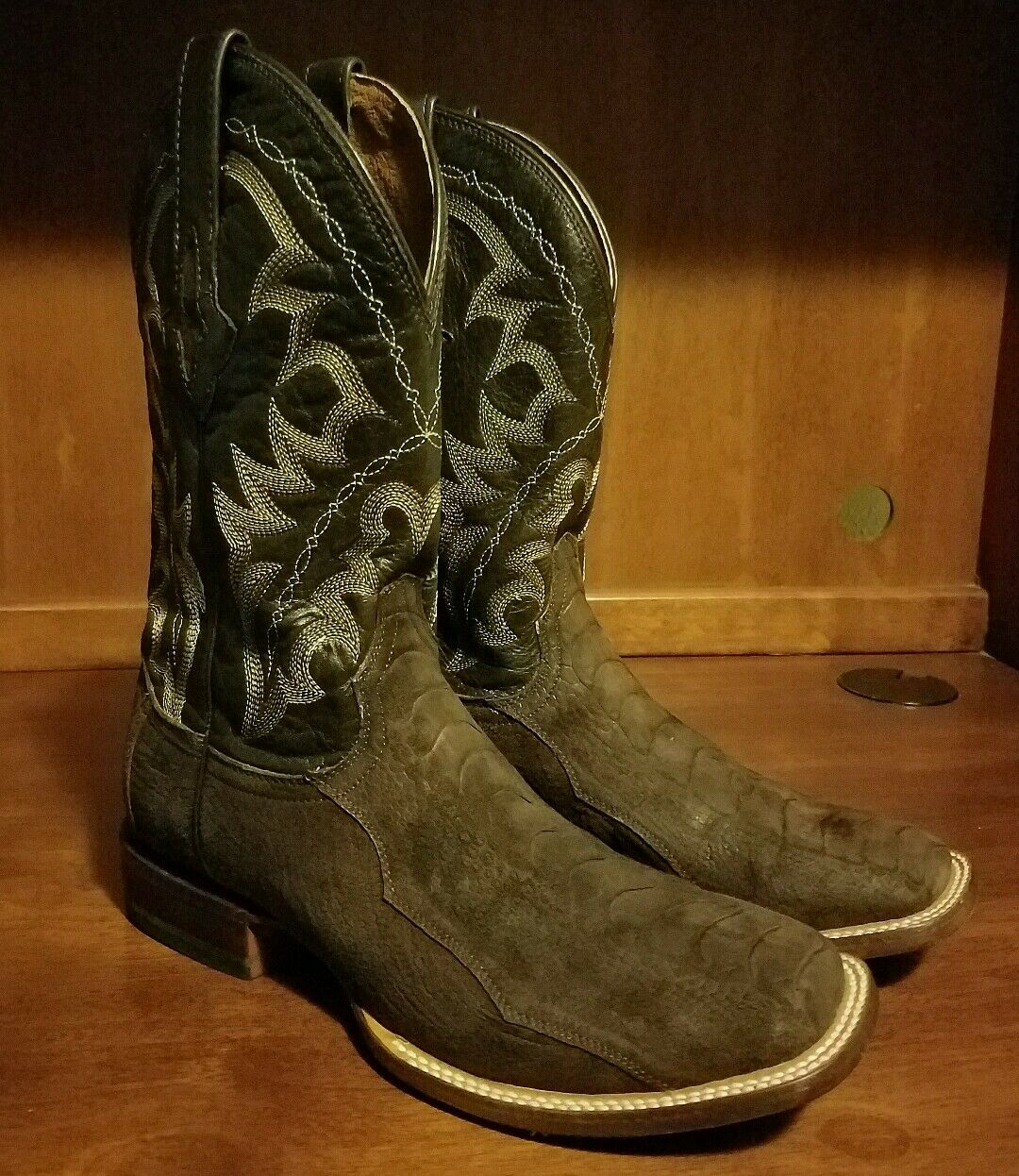 Men Resistol Ranch Square Toe Handcrafted Ostrich Leg Size Men 8 B, Women's 10 M