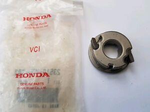 100% De Qualité Genuine Honda à Cliquet (à Droite) 23510-vb5-803-afficher Le Titre D'origine Des Performances InéGales