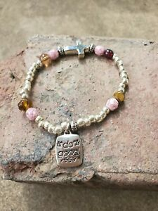 """Handmade """"do good"""" quote pink stone & silver beaded stretch bracelet with cross"""