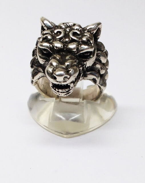 R342 Sterling Silver Howling Wolf Ring