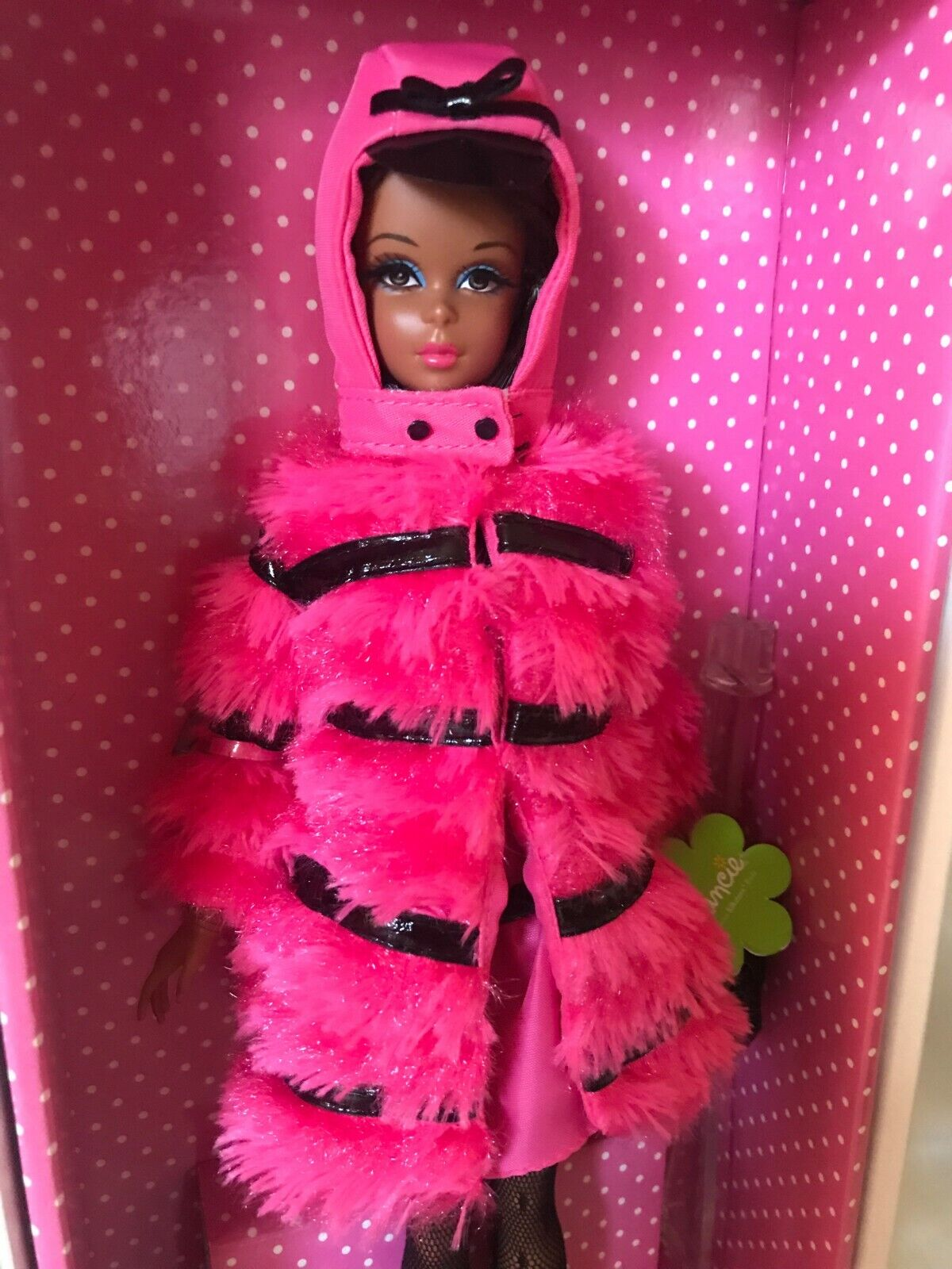 2012 Fuchsia 'n Fur  Francie Silkstone Barbie - NRFB - BFC Exclusive  sconto prezzo basso