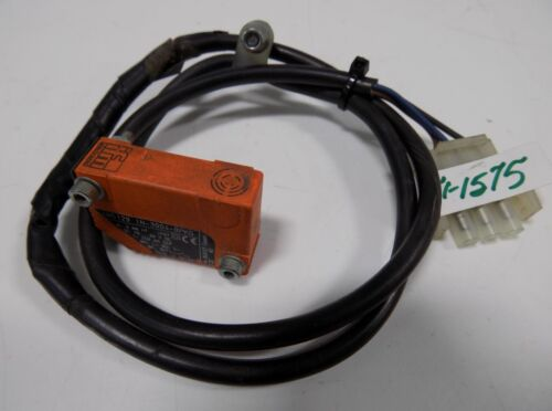 IFM EFECTOR INDUCTIVE PROXIMITY SWITCH IN5129 IN-3004-BPKG