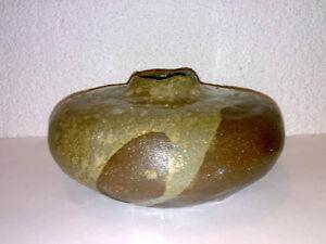 Schwere-Vase-Studio-Pottery-Keramik-Signed-RL-H-13-cm-Space-Age-LOOK