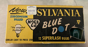 Sylvania Press M25B Blue Dot 12 SUPERFLASH BULBS Vintage
