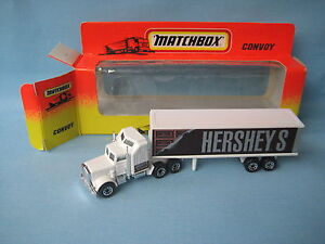 Matchbox-Convoy-Kenworth-Box-Truck-Hersheys-Chocolate-Delivery-Truck