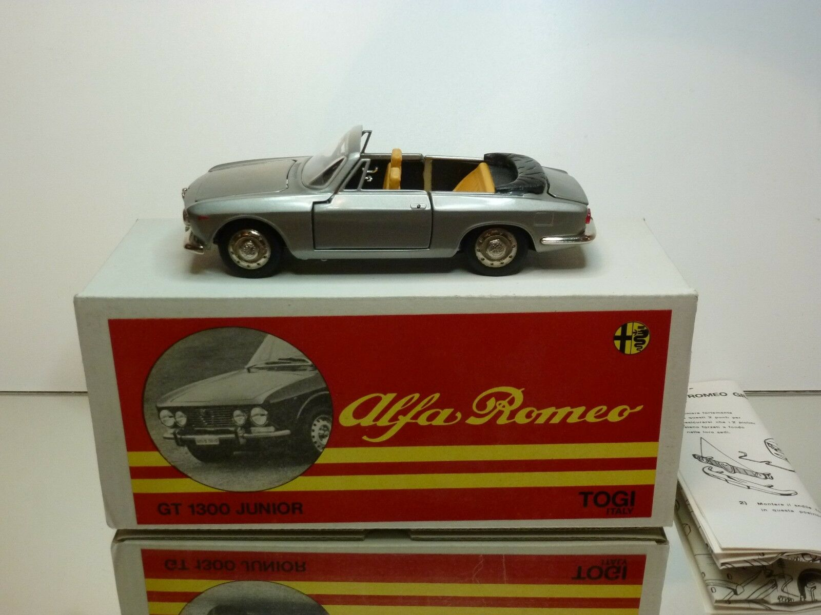 TOGI 8 65 ALFA ROMEO GIULIA GT 1300 JUNIOR CABRIOLET - 1 23 RARE - GOOD IN BOX