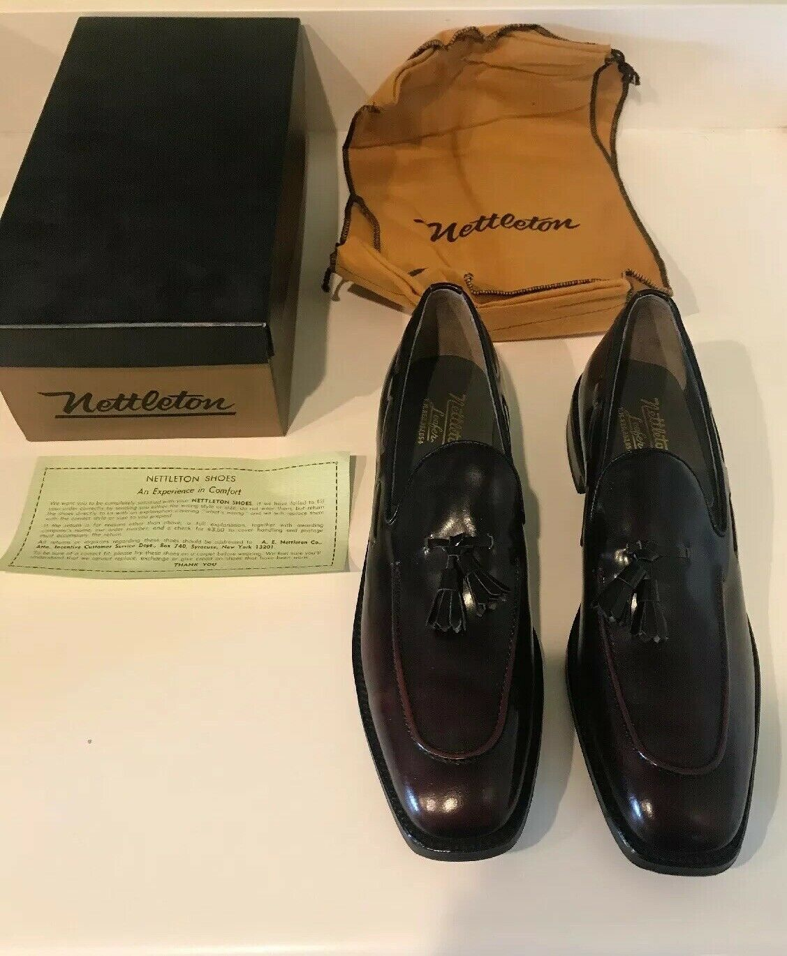 NETTLETON CLASSIC rosso BRN LOAFER TASSEL MENS 10 AAA DRESS scarpe NEW VINTAGE RARE